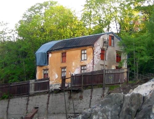 Tidigare chefsbostaden och transformatorhuset - enda byggnaden kvar efter Bergsunds mekaniska verkstad