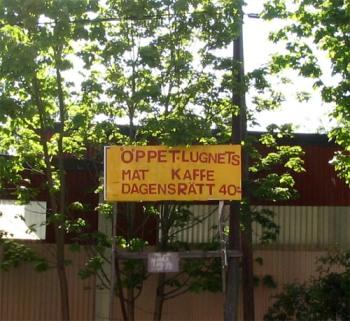 Skylt för Lugnet bar i Henriksdalshamnen i början av 2000-talet
