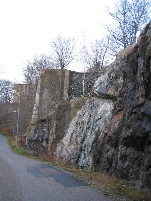 Övre Kvarnholmsbrons fäste från 1932