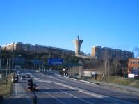Henriksdalsberget sett från Lugnets trafikplats