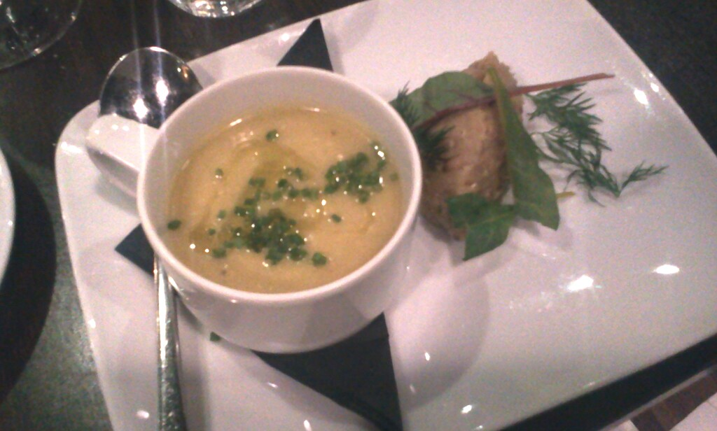 gul gazpacho och terrine på bulghur på elite hotel marina tower