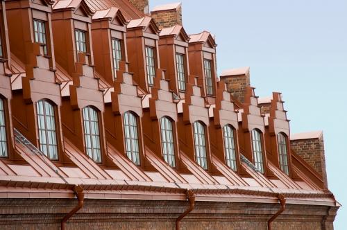Saltsjöqvarn, Nacka: Valvfönster i kupor från Sävsjö snickeri