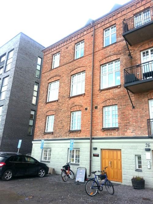Kvarnholmen, Nacka: Bullandö grassfabriken på norra kajen