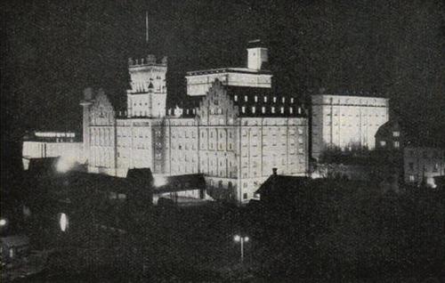 Fasadbelysning i Saltsjöqvarn, Nacka, 1930